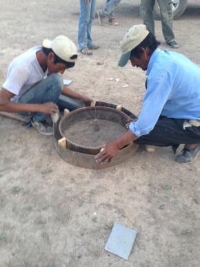 """La UST organiza Curso teórico/práctico """"De Campesino a Campesino"""" en la técnica de excavado y calzado de pozos en Lagunas del Rosario –Lavalle"""